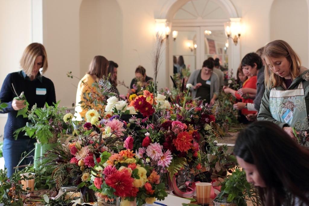 Love 'n Fresh Flowers176