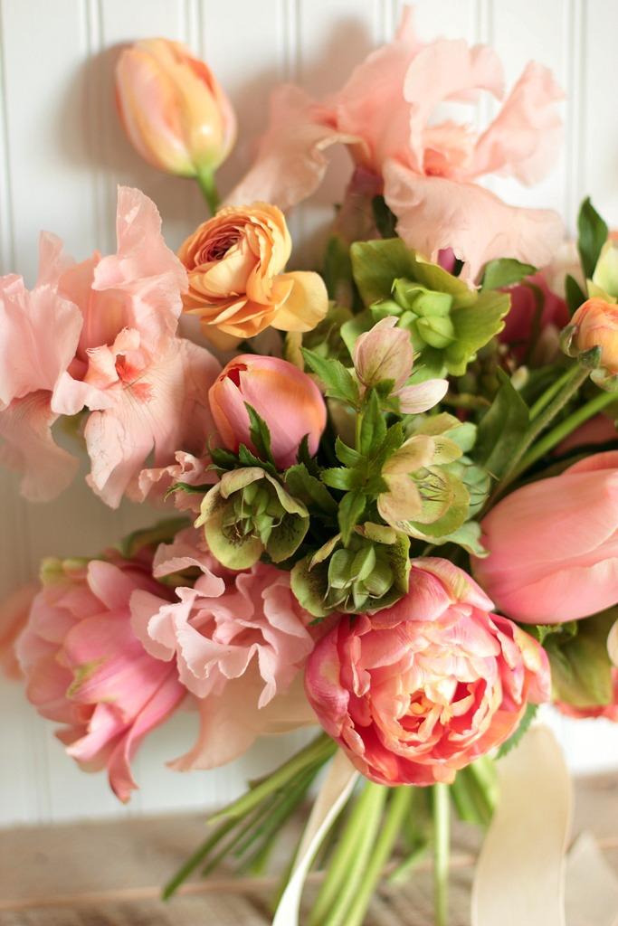 backyard bouquets 5 love 39 n fresh flowers. Black Bedroom Furniture Sets. Home Design Ideas